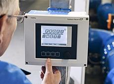 Transmissor multiparâmetro Liquiline CM44X